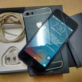 iPhone 5 16gb FACTORY UNLOCKED
