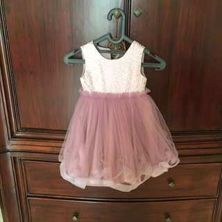 Petite Bebe Sz m Suitable For 4-5 Years