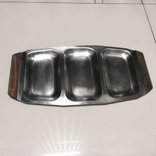 Retro Stainless Steel Serving Dish With Wood Handles