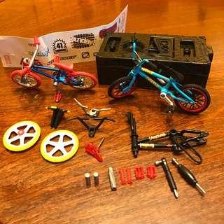 單車迷不要錯過,細緻到不敢相信,有配件六角匙、羅絲批、加件之類、貼紙、種種配件。