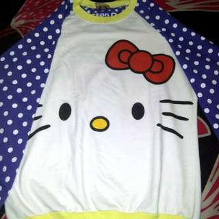 Sweater Hello Kitty Only 20.000