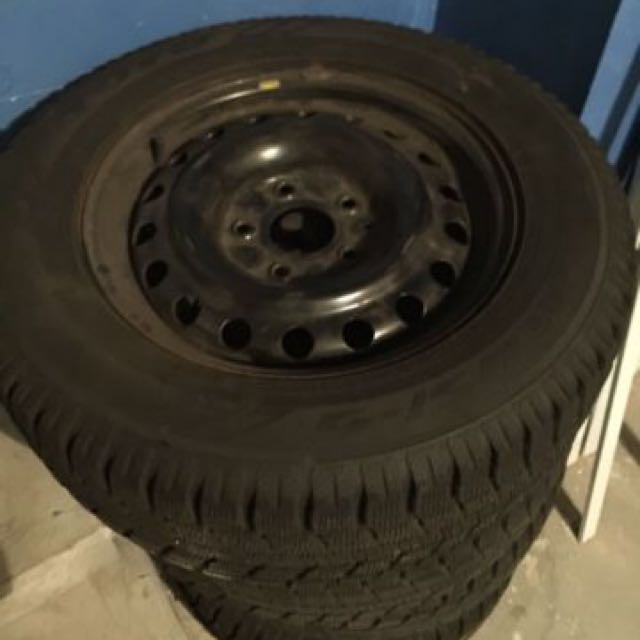 205/60/16 Toyo Observe GSi-5 with Steel Rims