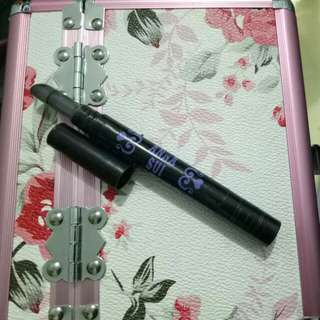 Anna Sui Make Up Remover Pen