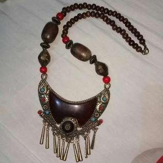 Artsy Maroon Necklace