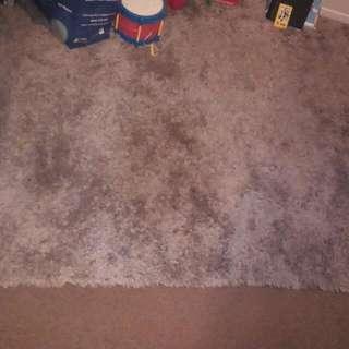 Shaggy Grey Room Mat 2.2m By 1.4m Estimate
