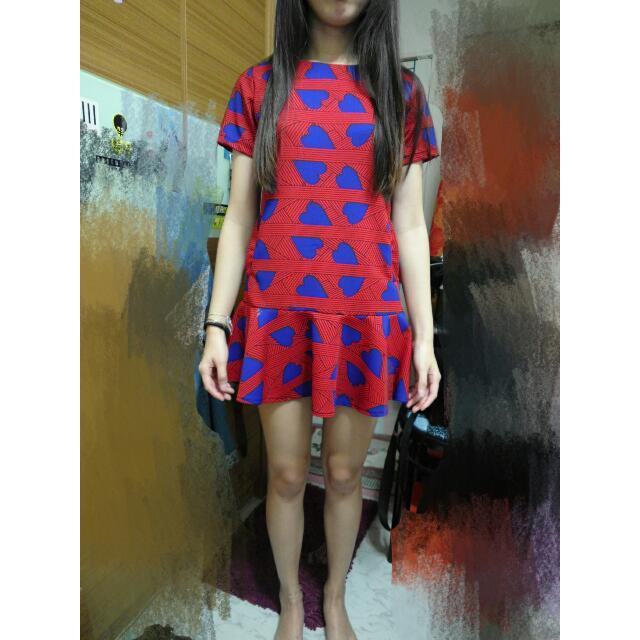 魚尾紅色愛心洋裝