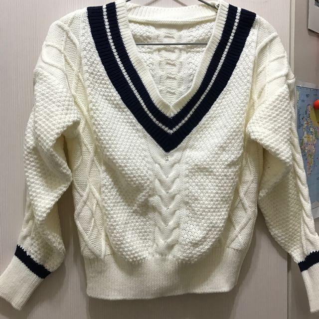全新短版毛衣