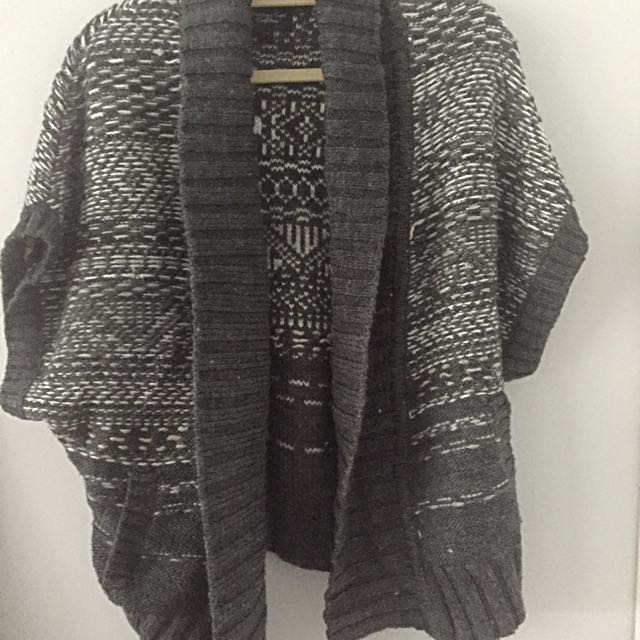 American Eagle Cardigan One Size