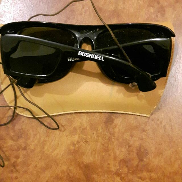 Bushnell Mens Sunglasses With Case Original