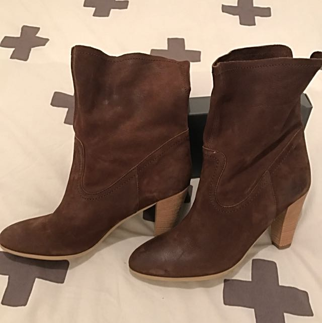 EOS Chocolate Brown Ankle Boot