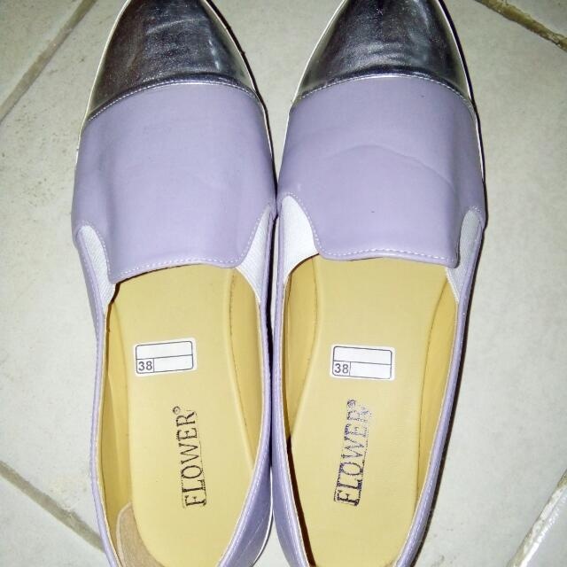 Flat Shoes Only 30.000