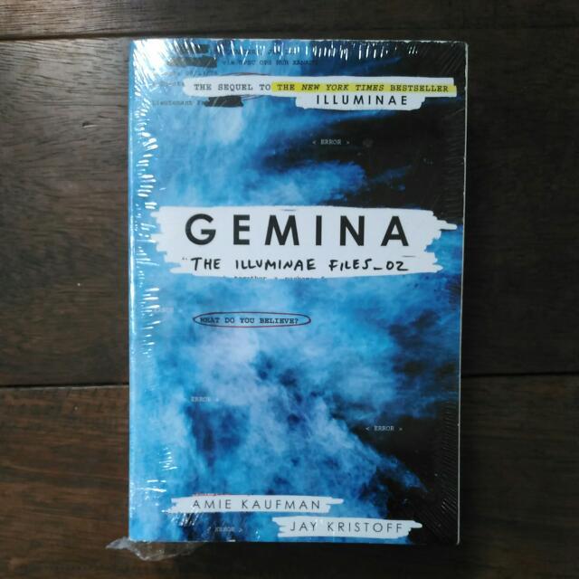 Gemina Amie Kaufman Novel English