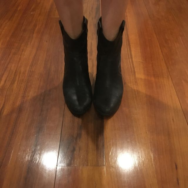 Genuine Black Leather Boots Size 8.5