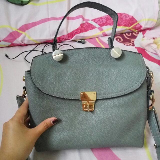 Gray's Bag