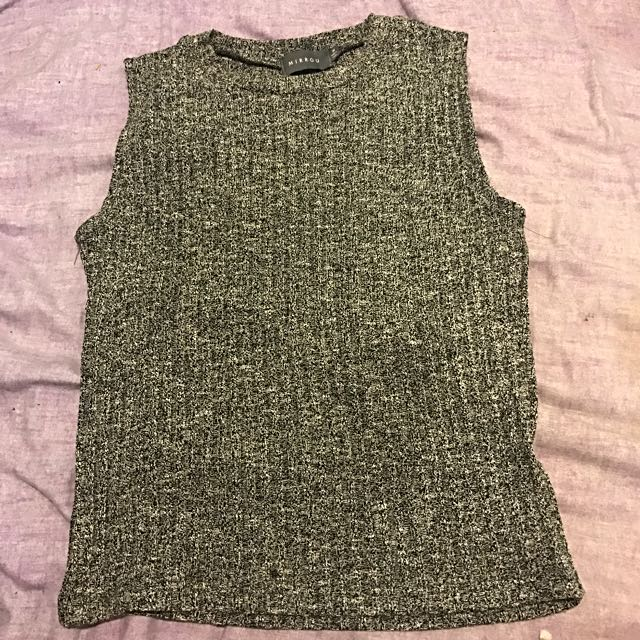 Grey/black Tank, Mirrou