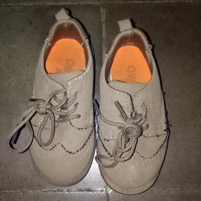 Oshkosh Sepatu