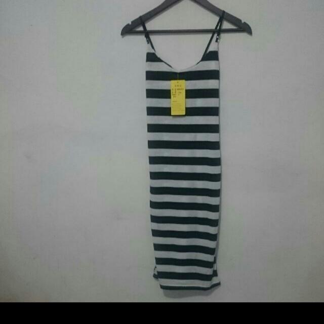 #jatuhharga Stripe dress Black White BNWT