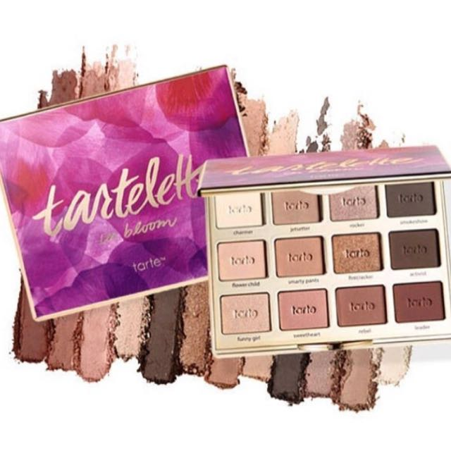 TARTELLETE Matte Eyeshadow Pallete