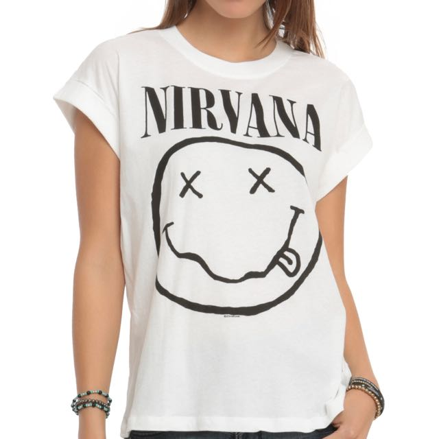 3f6cbbb9e TUMBLR NIRVANA FOREVER 21, Women's Fashion, Clothes, Tops on Carousell