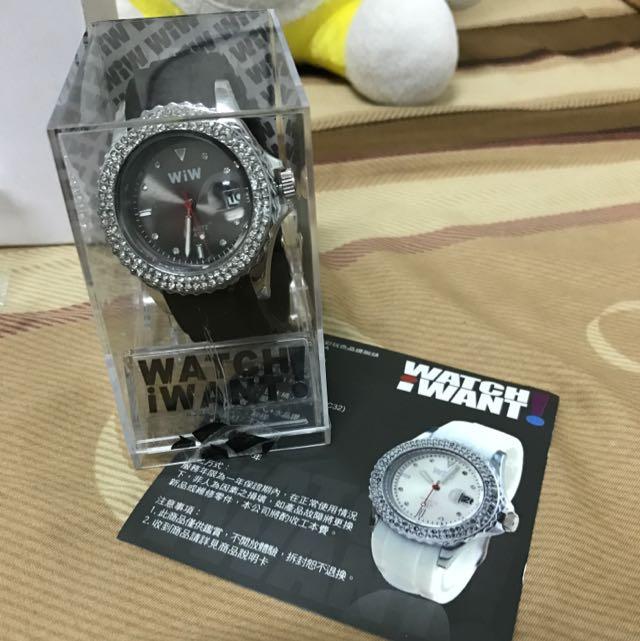 WIW精彩玩色晶鑽腕錶