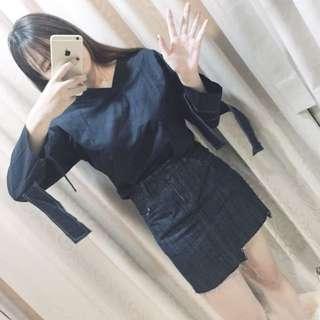 袖口綁帶設計深藍襯衫(全新)