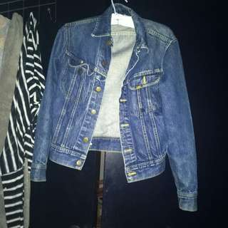Lee's Jean Jacket Small