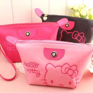 HELLO KITTY COSMETIC BAGS