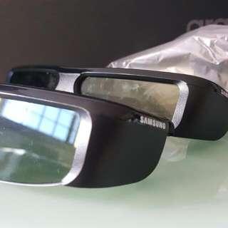 Samsung 3D Glass.
