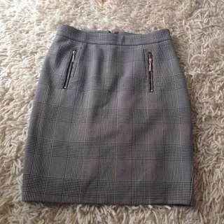 Portmans Mini Checkered Skirt - Size 8