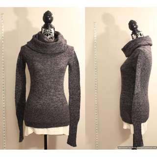 Shrinking Violet Grey Long Sleeve Turtle Neck Knit Sweater