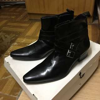 全新男裝皮鞋 購自I.t Ysl Slp Saint Laurent Givenchy Thom Browne Cow Boy Size 41
