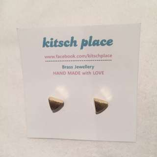 Kitsch Place Brass Triangle Earrings - New