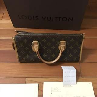 LOUIS VUITTON M40009