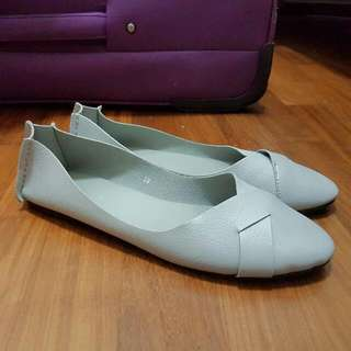 Grey Leather Ballet Flats