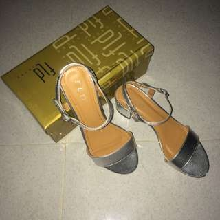 Fld Silver sandals