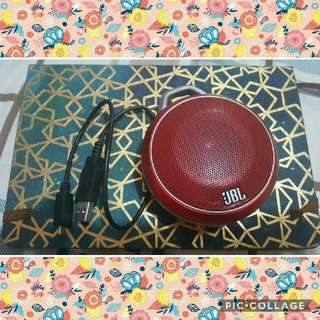 JBL Bluetooth Speaker With Aux Chord