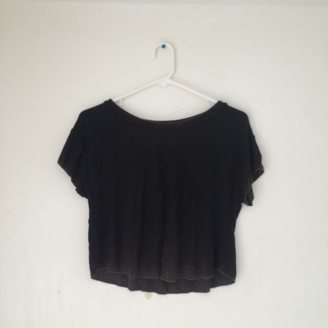AEO Black Vintage Wash Crop Top