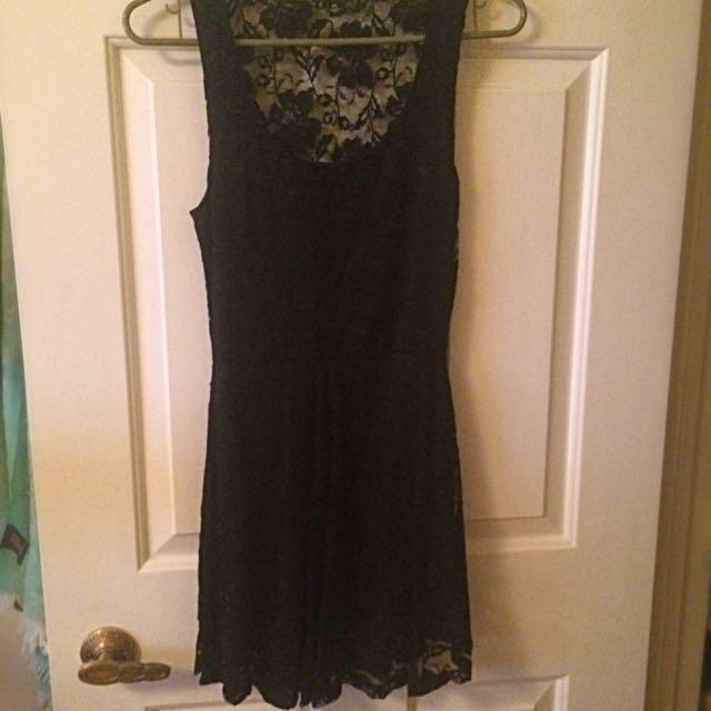 Aritzia Black Lace Dress Size XS
