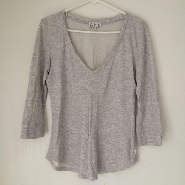 Aritzia Talula Grey Shirt