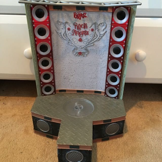 Bratz Rock Angels Toy Stage