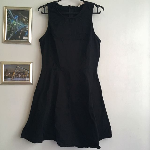 DEREK HEART Black Dress