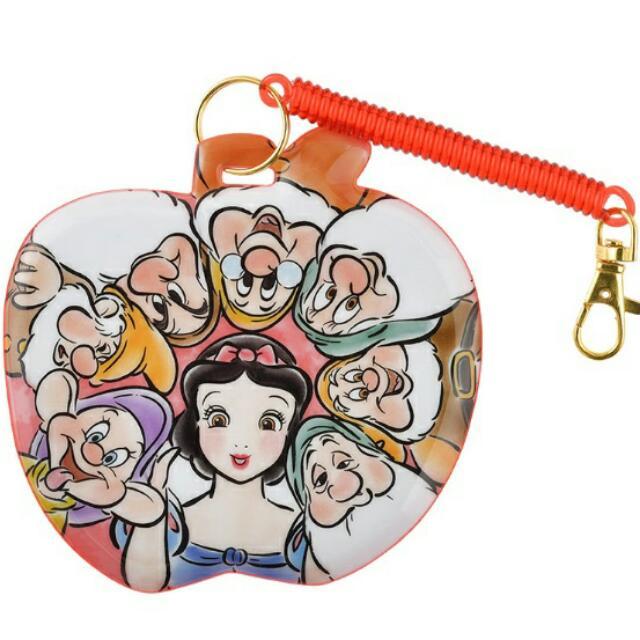 夏趴。日本迪士尼DISNEY帶回 ✈ 白雪公主與七個小矮人 伸縮彈性 票卡夾