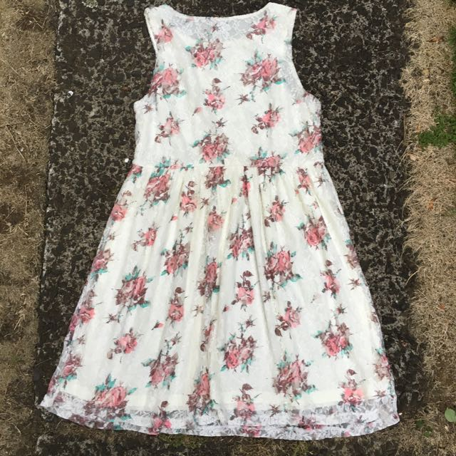 Floral Dress Mint Condition