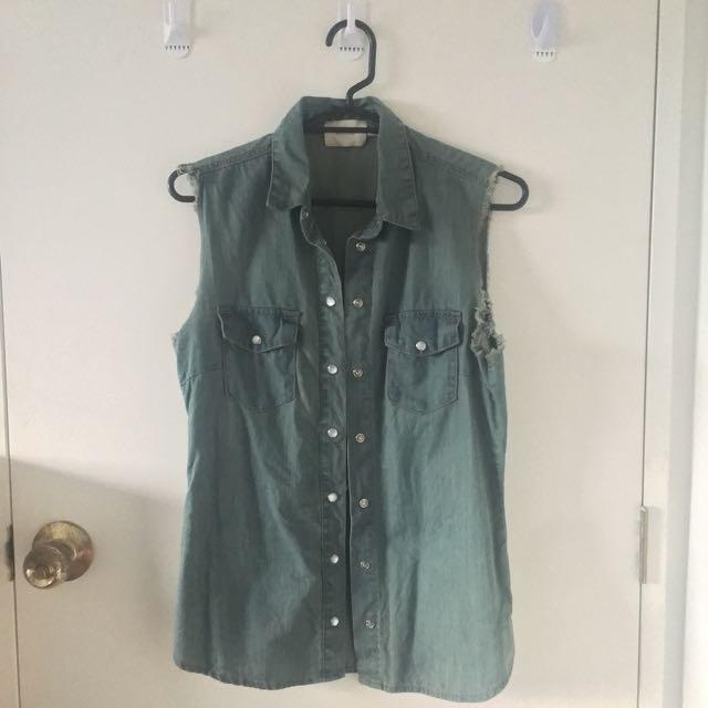 Goldie Sleeveless Jacket/Outerwear