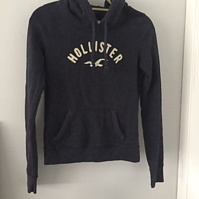 Hollister Sweater S