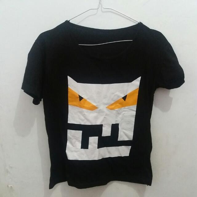 Kaos Robot T Shirt M