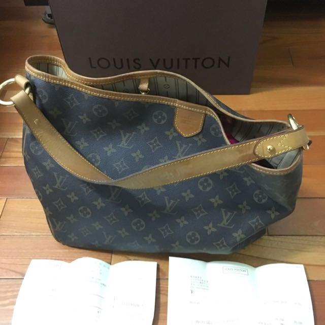 LOUIS VUITTON M40352