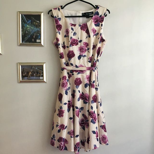 MELA LOVES LONDON Floral Dress