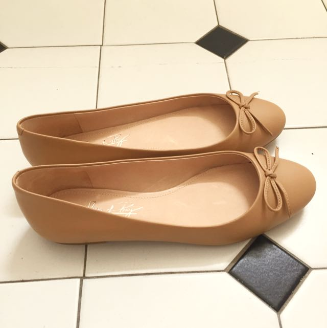 NEW Shoes of Prey Leather Ballet Flats - Size 7 - Nude