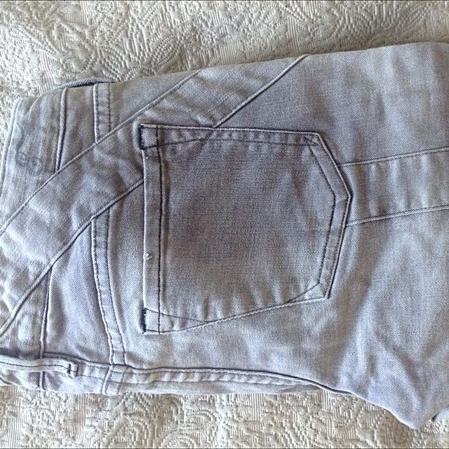 New Without Tags Earnest Sewn Grey Cigarette Jeans Size 26